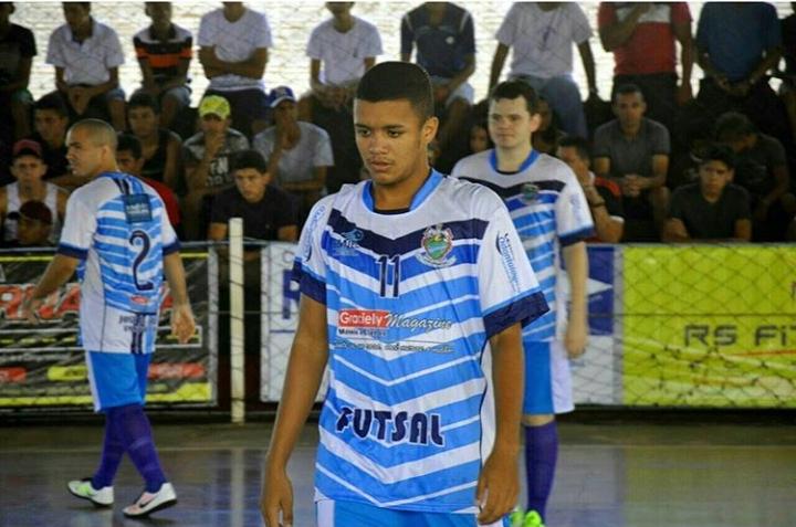 Atleta freitense viaja para Macapá onde irá atuar no time profissional do Santos do Amapá