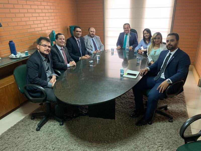OAB Piauí reivindica soluções quanto à suspensão de água e energia