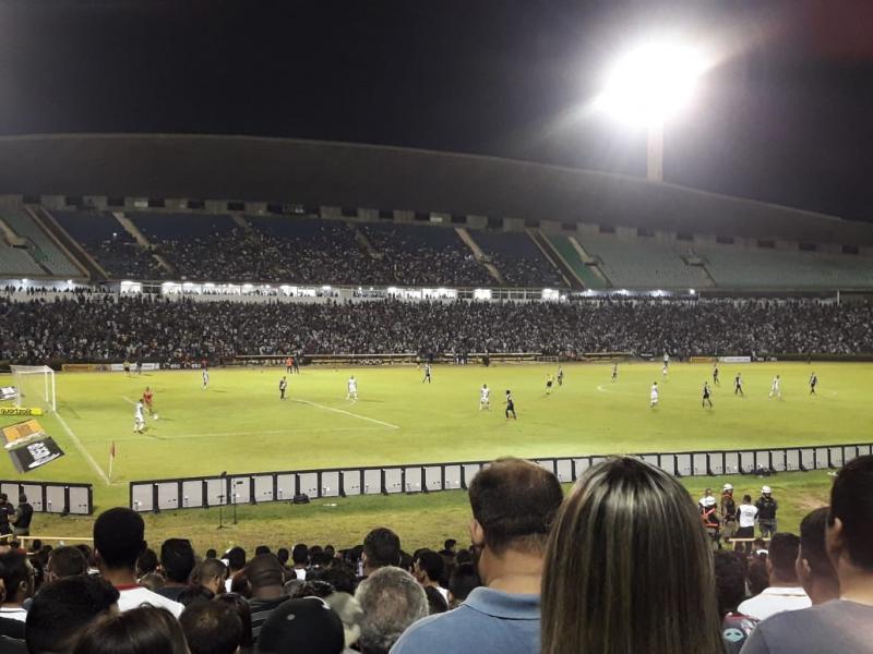Vasco empata com Altos e garante classificação na Copa do Brasil
