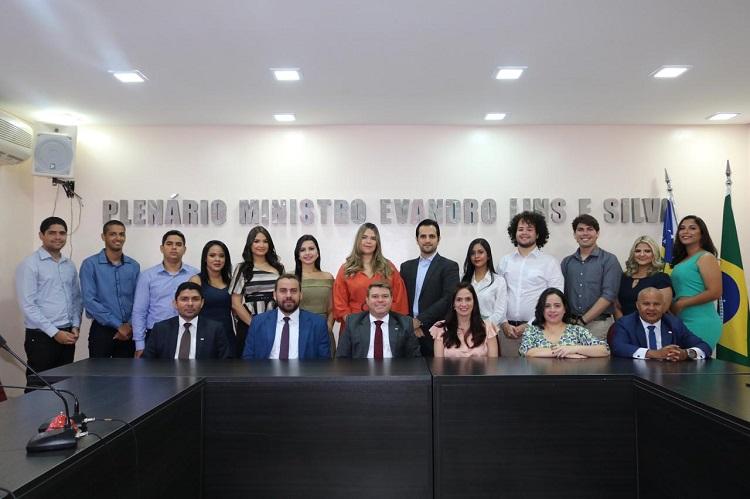 Formandos de Direito da Faculdade FACID Wyden visitam sede da OAB Piauí