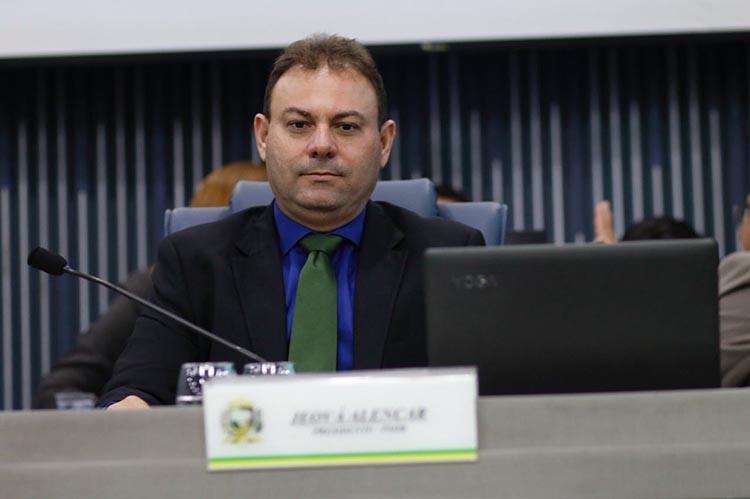 Vereador Jeová Alencar descarta possibilidade de ficar no PSDB