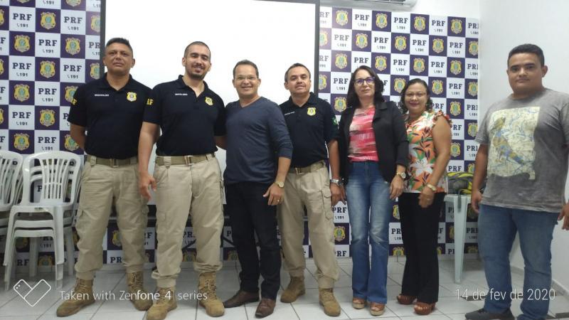 Secretário de Educação participa de reunião sobre 'Operação Volta às Aulas'