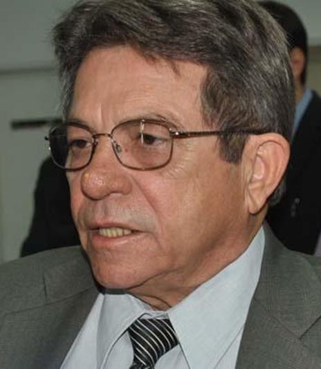 Avelino Neiva deverá concorrer pela oposição em Floriano
