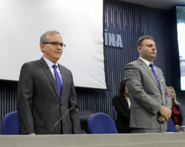 Jeová rebate críticas de Firmino: 'o prefeito tem que respeitar essa Casa'