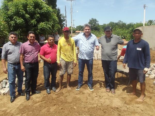 Dep. Estadual João Madson vai Agricolândia e visita obras com o prefeito Walter Alencar