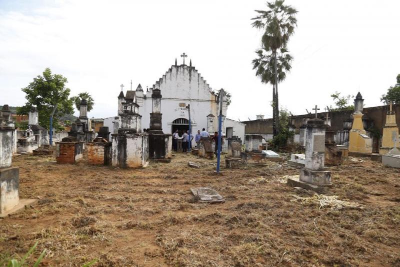 Cemitério do Santíssimo Sacramento, em Oeiras, será revitalizado e aberto