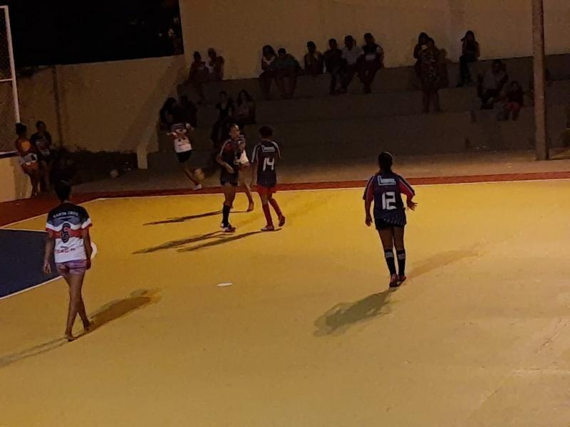 Secretaria de Esporte de Landri Sales reabre quadra municipal