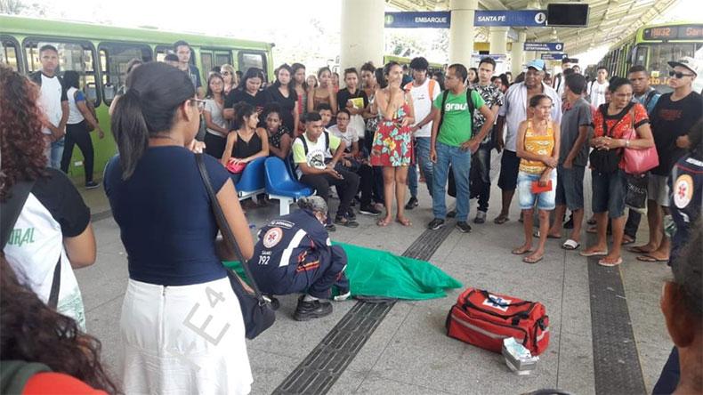 Idoso morre após passar mal em terminal de ônibus em Teresina
