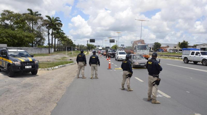 Policiais do Piauí são enviados para reforçar a segurança no Ceará