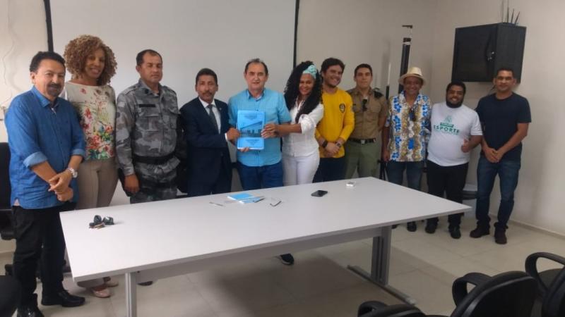 COEF entrega Plano de Segurança e Saúde do carnaval ao Ministério Público