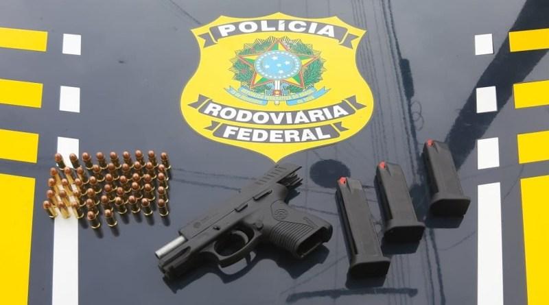 Empresário cearense é preso no Piauí com pistola carregada