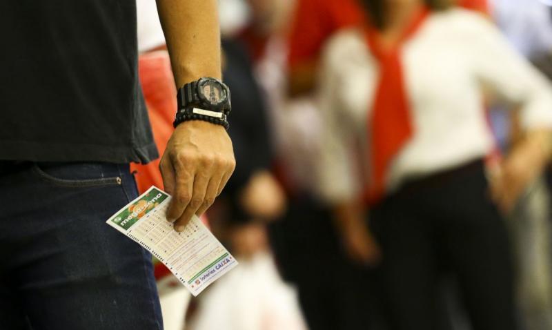 Mega-Sena sorteia neste sábado prêmio de R$ 190 milhões
