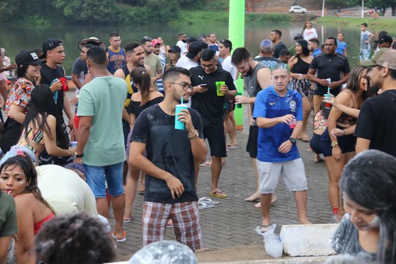 Carnaval agita a cidade de Água Branca em seu primeiro dia