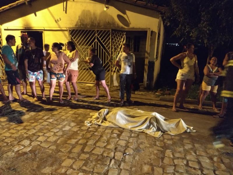 Idosa cadeirante morre carbonizada em Picos