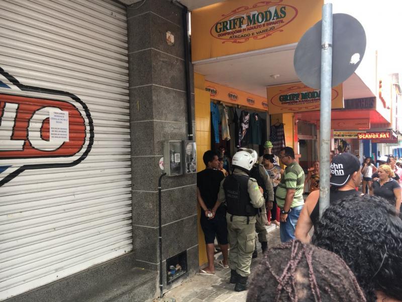 Homem é detido após roubar produtos em lojas de Teresina