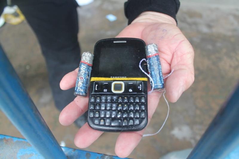Polícia apreende celulares e drogas após vistoria em penitenciária
