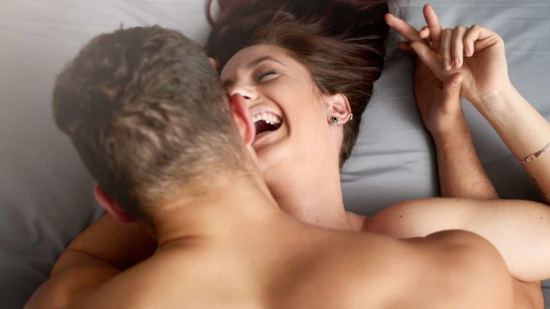 Será que a altura pode afetar o sucesso sexual?