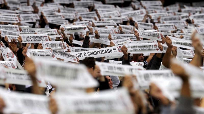 Corinthians tenta reagir contra o melhor do Paulista
