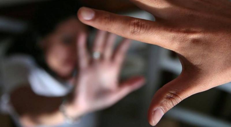 Homem é preso acusado de abusar sexualmente da enteada de 2 anos