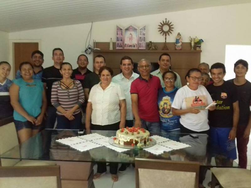 Padre Wanderley Morais da cidade de Demerval Lobão, recebe homenagem