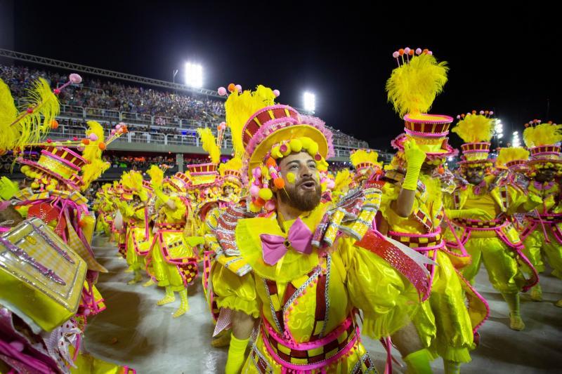 Viradouro é a campeã do carnaval 2020 do Rio de Janeiro