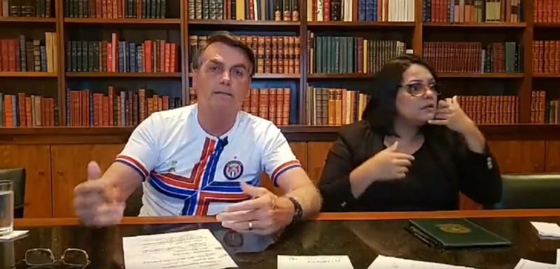 Jair Bolsonaro afirma que não vai renunciar ao cargo
