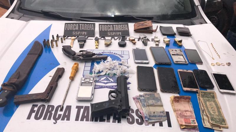 Dois suspeitos de roubos a ônibus coletivos em Teresina são presos