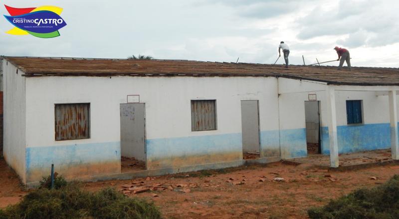 Prefeitura de Cristino Castro iniciou a reforma e ampliação da Escola Municipal Wilson Parente