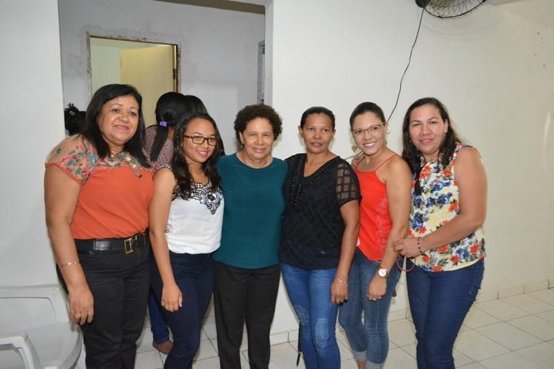 Senadora Regina Sousa visita Cabeceiras e é recepcionada por Solange Pereira e Eufrásio Filho