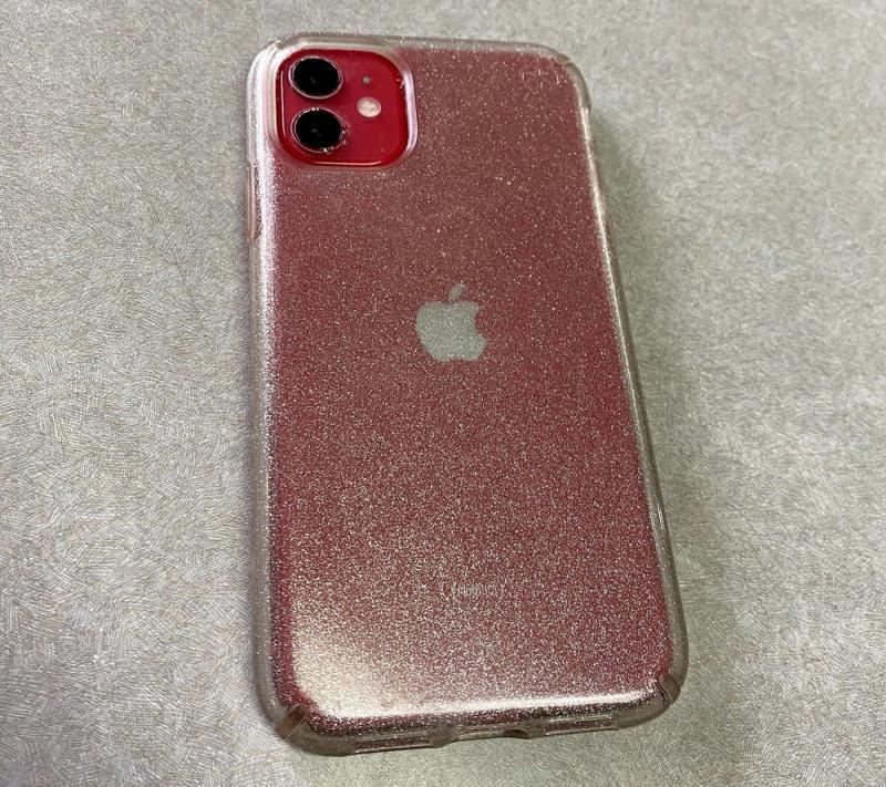 iPhone fica 2 meses dentro d'água e é achado funcionando