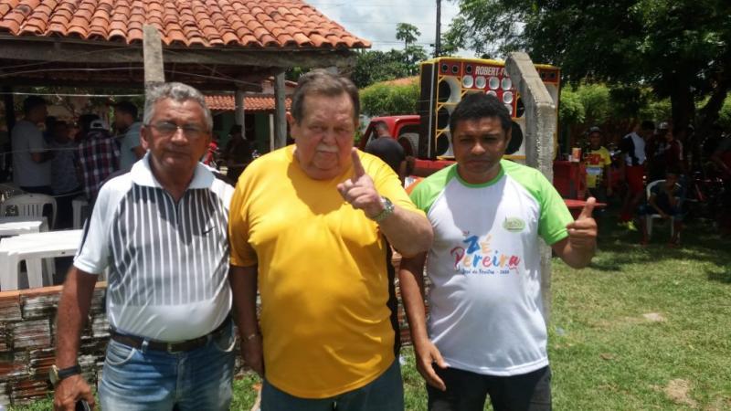Torneio da Rádio Livramento AM faz homenagem radialista Joaquim Neto.