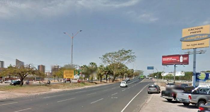 Avenida João XXIII é interditada para execução de obra