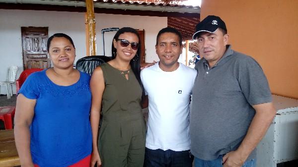Prefeito Walter Alencar recebe amigos em sua Fazenda em Agricolândia