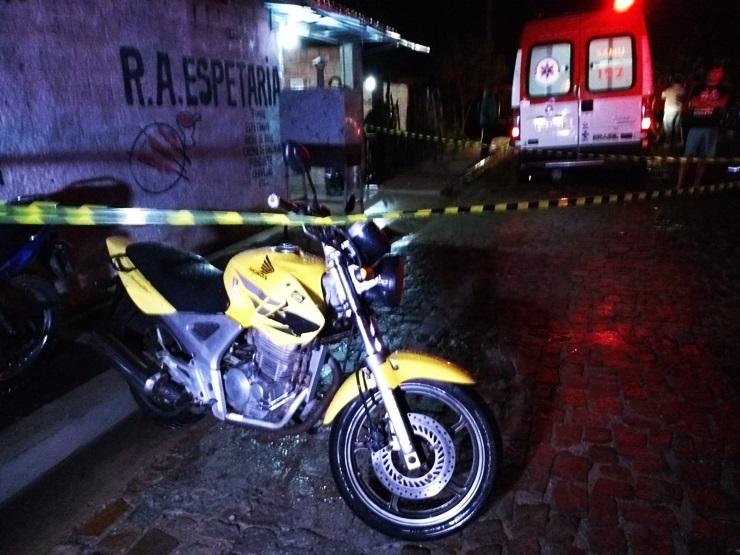 Homem é executado a tiros dentro de estabelecimento no Piauí