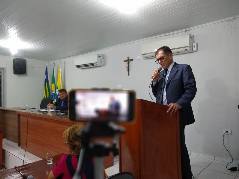 Veja a sessão parlamentar da Câmara Municipal de Brasileira