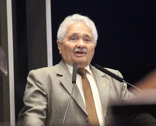 Senador Elmano defende adiamento das eleições municipais para 2022