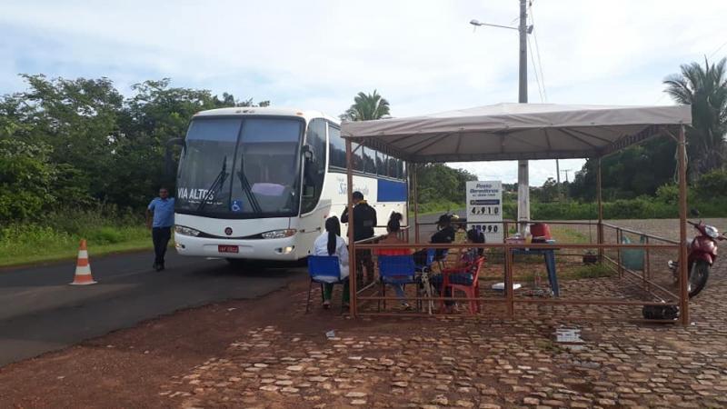 SAÚDE:Secretaria monta barreira na entrada da cidade