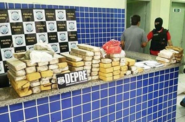 Polícia prende casal e apreende 100 kg de droga em residência no Piauí