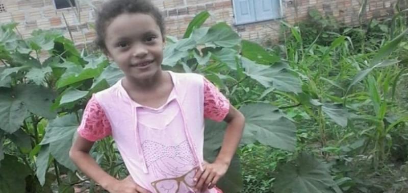 Menina de 9 anos morre após ser atingida com tiro durante brincadeira
