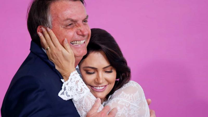 Bolsonaro e Michelle podem ser os positivos sonegados pelo HFA