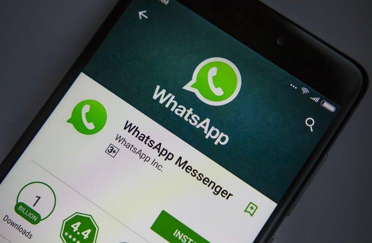 Chamada de vídeo no WhatsApp aproxima amigos e familiares na quarentena