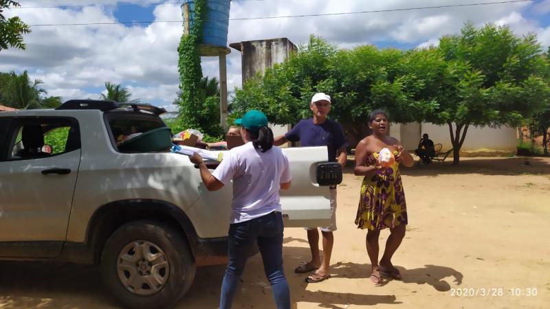 Famílias desempregadas de Colônia do Gurgueia recebem cestas básicas