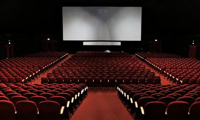 Pela primeira vez, cinemas registram bilheteria zero no fim de semana