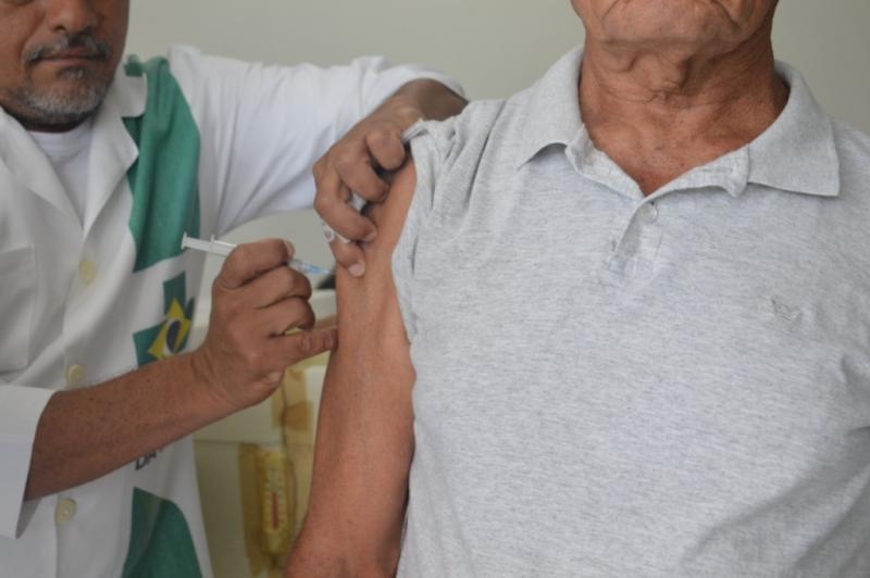 Vacinação contra gripe é retomada em Teresina