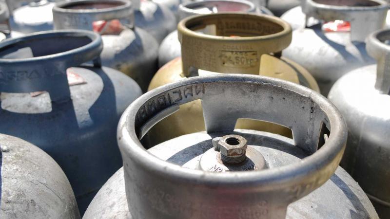 Governo deve anunciar redução do preço do gás de cozinha para famílias de baixa renda