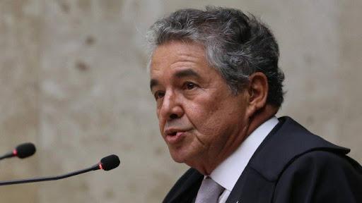 Ministro do Supremo manda PGR analisar pedido de denúncia contra Bolsonaro