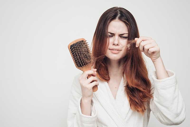 Queda de cabelo: médico explica cinco mitos e verdades