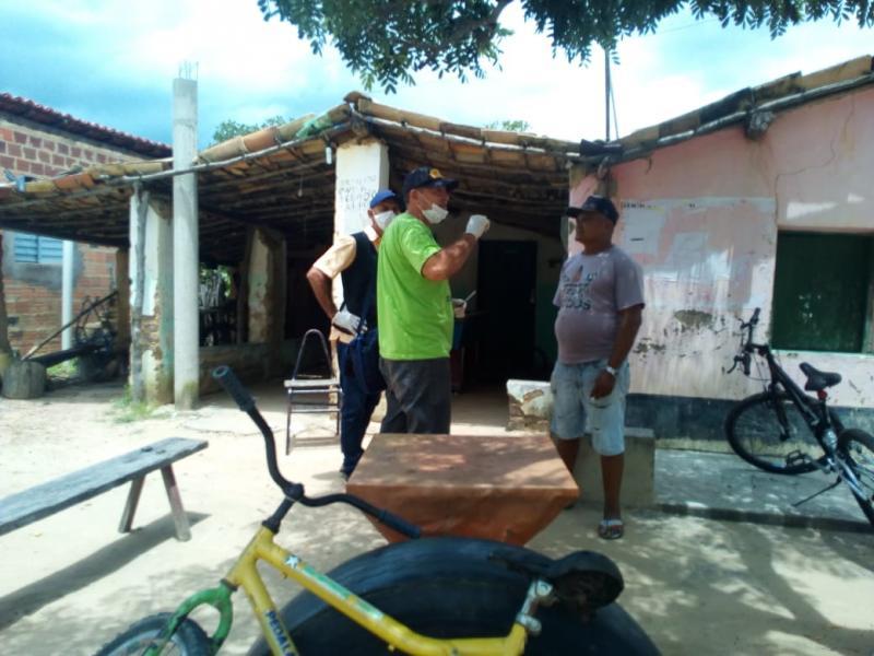 Equipe de Saúde orienta moradores sobre cuidados e prevençõe do Covid-19