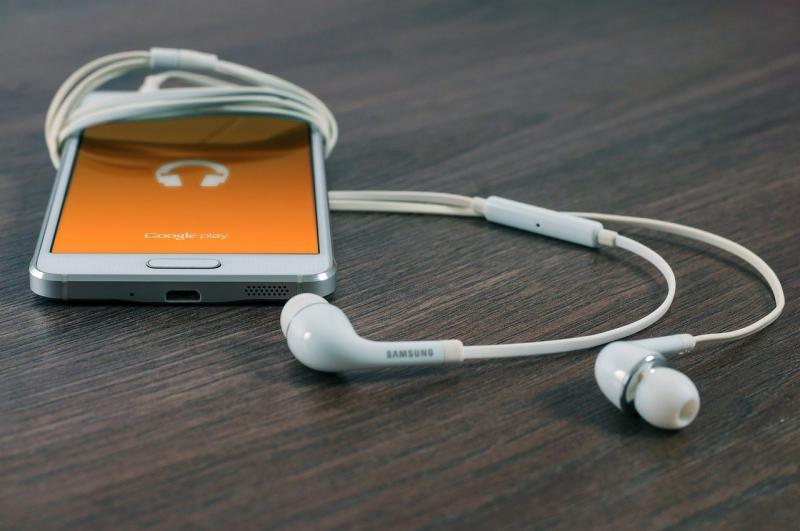 Enem 2020: saiba como os podcasts podem te ajudar a estudar