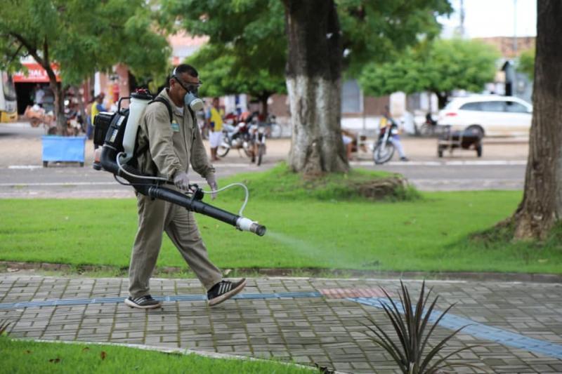 Prefeitura de Altos amplia ações de desinfecção de locais públicos
